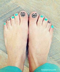 chevron nails // chevron pedicure ideas // turquoise and chevron pedicure and nail art So Nails, Cute Toe Nails, Cute Toes, How To Do Nails, Pretty Nails, Hair And Nails, Happy Nails, Toe Nail Designs, Nail Polish Designs