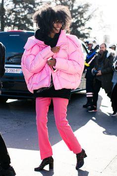 Street looks à la Fashion Week automne-hiver 2016-2017 de Paris  Photo par Sandra Semburg
