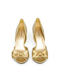 Lovely Gold Bow Heels!
