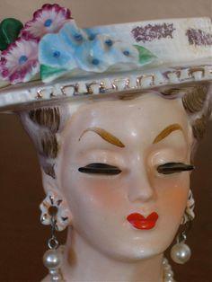 Vintage Minnie Pearl LADY HEAD VASE w/Flowered Pierced Earrings