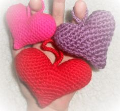 Amigurumi Hearts  Free pattern used: http://owlishly.typepad.com/owlishly/2009/02/corazoncitos-free-amigurumi-heart-pattern-in-3-sizes.html