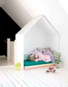A house on top of the stairs – instead of a banister