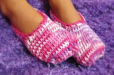 Ravelry: Little Stay on Slippers pattern by Joy Morgan