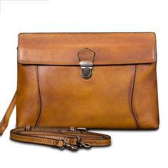549ce6af7b066 Gucci Crossbody Bag   Messenger Bag - Soho ( ) Chain Camera 227986 Leather  Shoulder Bag Leather in 2019