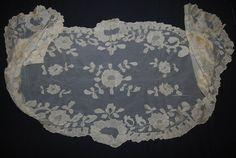 Ivory Lace Mantilla Veil by CheekyVintageCloset on Etsy, $26.00