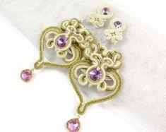 Chandelier mariage soutache longues boucles d'oreilles or violet must haves, boucles d'oreilles pour mariée, bijoux pour mariée, douche nuptiale