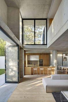 villa contemporaine, intérieur en bois et béton