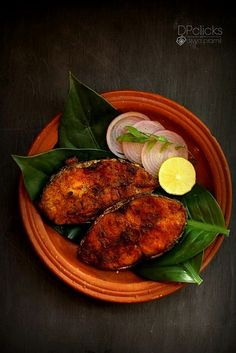 Fish Fry Seer fish fry - One of South Indian famous fish fry tastes yum with sizzling flavors in it.Seer fish fry - One of South Indian famous fish fry tastes yum with sizzling flavors in it. Indian Fish Recipes, Fried Fish Recipes, Veg Recipes, Curry Recipes, Seafood Recipes, Fish Fry Indian Recipe, South Indian Vegetarian Recipes, King Fish Recipe, Bengali Food