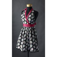 Cute for Halloween!! Skull & Roses Apron, Black