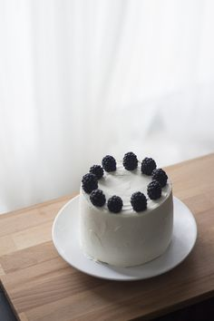 Black Tea Cake w/ Mascarpone Honey frosting and Blackberries