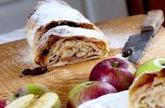 Strudel jabłkowy to szybki w wykonaniu deser.  Przepis na blogu przepisytradycyjne.pl