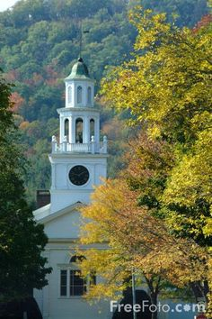 Google Image Result for http://www.freefoto.com/images/19/03/19_03_70---Autumn-color-in-Vermont_web.jpg