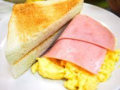 Hong Kong may be home to 80 Michelin featuring tasty dim sum to sophisticated cuisines but sometimes it is something as simple as Toasted Bread with Scrambled Eggs and Ham at the Australian Dairy Company that won the hearts of foodies. #JetsetterCurator