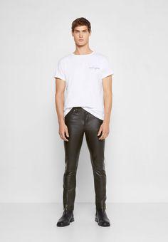 Mens Tops, T Shirt, Leather, Fashion, Supreme T Shirt, Moda, Tee Shirt, Fashion Styles, Fashion Illustrations