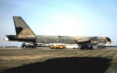 assigned to the BS, 319 BW on the Grand Forks AFB ramp in May 1982 the BW was transitioning from the to t. Grand Forks in SIOP Scheme Us Military Aircraft, Military Weapons, Grand Forks Afb, B52 Bomber, Us Bombers, Strategic Air Command, B 52 Stratofortress, F-14 Tomcat, Work Horses