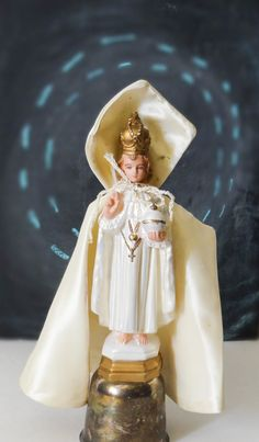 Vintage Infant Jesus of Prague Chalkware Statue by MyDailyThrift, $16.50