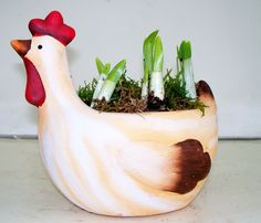 Ceramic Chicken With Tete a Tete (SP92)