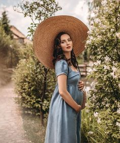 """Aida Đapo Muharemović on Instagram: """"Falling in love with process and the closest I will ever come to magic 🌱 Pregnancy capsule collection @gaalaparis Photography Nadja…"""" Idda Van Munster, Photo Couple, Pin Up Girls, Falling In Love, Cowboy Hats, Baby Kids, Pregnancy, Poses, Hair Styles"""
