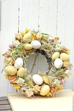 Диалоги Easter Table Decorations, Flower Decorations, Christmas Decorations, Easter Wreaths, Holiday Wreaths, Creative Arts And Crafts, Diy And Crafts, Hoppy Easter, Easter Eggs