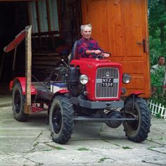 How to build a tractor from the grassroots | Transport | Stories | COLORS Magazine