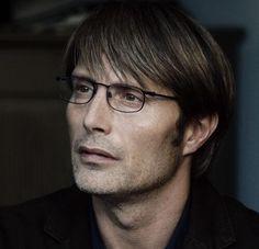 Mads Mikkelsen in Jagten.. I LOVE THIS FILM <33 :'((