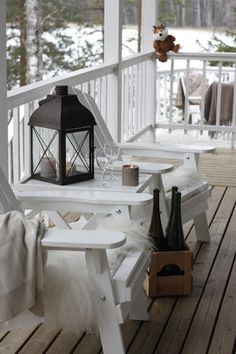 White on white for a cool winter look