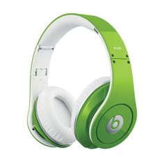 Beats Studio? Over-Ear Headphone 【並行輸入品】 (グリーン), http://www.amazon.co.jp/dp/B0095MPEFK/ref=cm_sw_r_pi_awdl_TCDwub141PG5E