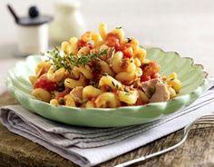 Cavatappi mit Thunfisch-Tomaten-Soße