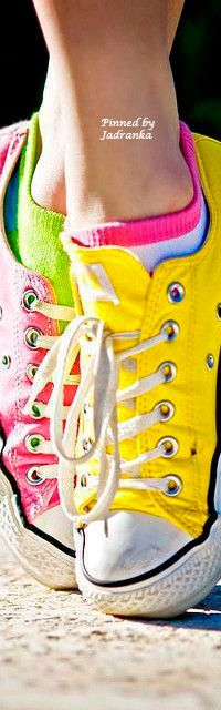 Neon Rainbow, Rainbow Colors, Bright Colors, Fashion Colours, Colorful Fashion, Rainbow Fashion, Pink Love, Hot Pink, Rubber Shoes