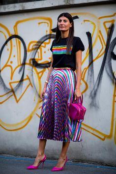 New fashion week street style outfits giovanna battaglia 58 ideas Street Style Trends, Milan Fashion Week Street Style, Look Street Style, Spring Street Style, Milan Fashion Weeks, Cool Street Fashion, London Fashion, Denim Fashion, Trendy Fashion