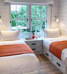 small bedroom design , small bedroom design ideas , minimalist bedroom design for small rooms , how to design a small bedroom Small Guest Rooms, Guest Bedrooms, Twin Bedroom Ideas, Twin Girl Bedrooms, Bedroom Girls, Home Bedroom, Bedroom Decor, Master Bedroom, Bedroom Furniture