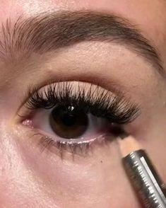 Makeup Eye Looks, Eye Makeup Steps, Eyebrow Makeup, Skin Makeup, Makeup Eyeshadow, 60s Makeup, Makeup 101, Beauty Makeup, Eyeshadow Palette