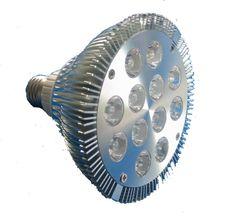 Foco Led 12 Watts 1440 Lumenes PAR38 Alta Eficiencia Plus 120      Marca Ciprés Alta Eficiencia.     Serie PLUS 120.     Flujo Luminoso de 1440 Lúmenes.     Potencia de 12 Watts.     Eficiencia Luminosa de 120 Lúmenes por Watt.