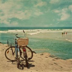 ♥ beach & bike...our favorite thing to do on a warm morning...like this morning!  #springhassprung