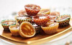 Knäck - Recept - Arla Swedish Christmas, Christmas Stuff, Toffee, Mini Cupcakes, Sweden, Candy, Desserts, Recipes, Food