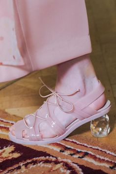 skaodi: Details from Simone Rocha Spring 2016. London Fashion Week.
