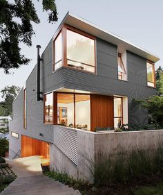 Modern House by SHED Architecture.  Oooh, my kind of modern. Modern yet warm with the touches of wood. I so want one!