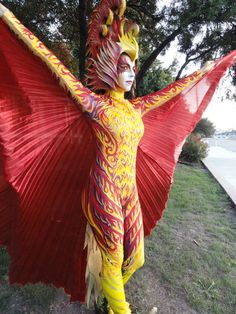 an amazing how to! a gorgeous, handpainted phoenix costume-- step by step!! More