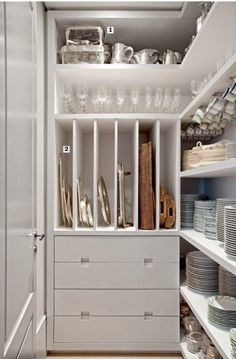 Luxury Kitchens Organization Orgasms: 21 Well-Designed Pantries You'd Love to Have in Your Kitchen - You know you're Type A when the sight of a perfectly organized pantry sends shivers down your spine Kitchen Pantry Design, New Kitchen, Kitchen Storage, Dish Storage, Kitchen Ideas, Kitchen Themes, Storage Room, Pantry Storage Containers, Kitchen Butlers Pantry