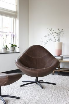 Find out all of the information about the Label Produkties bv product: contemporary armchair HIDDE. Royal Furniture, Furniture Making, Furniture Logo, Chair Design Wooden, Contemporary Armchair, Modern Armchair, Wayfair Living Room Chairs, Donia, Loft Interiors