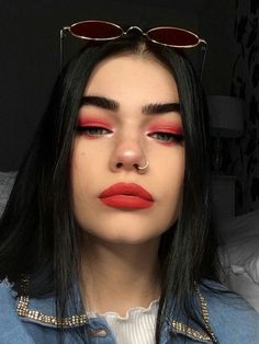 60 Amazing Summer Makeup Trends You Need To Try – Page 59 of 60 Make-up, Make-up-Look, Sommer Make-up. Makeup Trends, Makeup Inspo, Makeup Inspiration, Makeup Ideas, Makeup Tutorials, Makeup Hacks, Makeup Geek, Belle Makeup, Makeup Guide