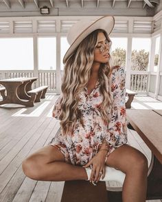 20 Ideas For Tall Maternity Clothes – The Outfits That Inspire Your Style Cute Maternity Outfits, Stylish Maternity, Pregnant Outfits, Maternity Style, Mode Lookbook, Fashion Lookbook, Baby Bump Style, Mom Style, Pregnancy Wardrobe