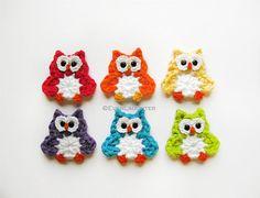 Cute crochet owl motif