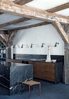 A black marble kitchen   Home of Thomas Schlosser