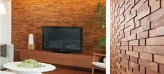 Reclaimed wood accent wall in living room house decor - Wohnzimmer pflanze groay ...