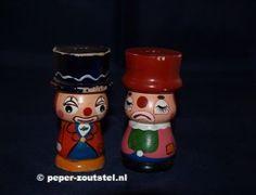 Houten clowns verdrietig en blij, peper en zoutstel, verzamelen, verzameling