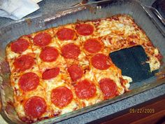 no carb pizza recipe made without nuts or flours of any kind. Gluten-free, grain-free & perfect for low carb diets.Delicious no carb pizza recipe made without nuts or flours of any kind. Gluten-free, grain-free & perfect for low carb diets. Carb Free Recipes, Ww Recipes, Cooking Recipes, Healthy Recipes, Pizza Recipes, Atkins Recipes, Healthy Dinners, Atkins Pizza Recipe, Low Carb