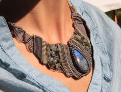 Labradorite from Madagascar with iridescent by AntheaMacrame, €80.00