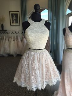 Sheri Hill!!! 2 Piece lace pearl T-length! New arrival!!!