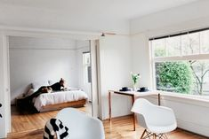 A Less-is-More Home and Studio in the Pacific Northwest   Design*Sponge